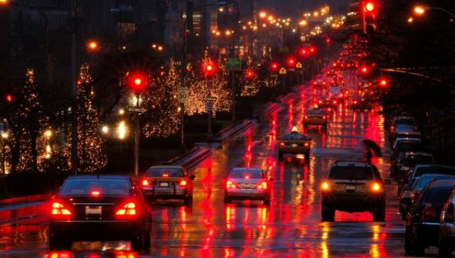 Safe Holiday Travel Tips from an ER Doctor